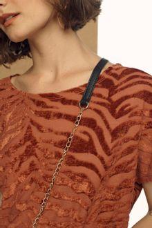 Blusa-Estampada-Detalhe-04.66.002142902